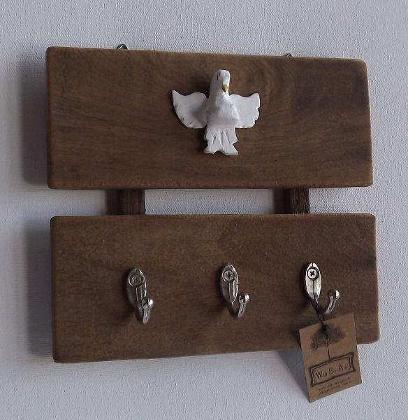 Porta chaves 03 ganchos wolffecoarte dekoarte for Ganchos de plastico para cortinas
